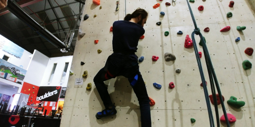 saturday climbing by w d valgardson essay Saturday climbing at first was another plain  wd valgardson uses many symbols in his  october 02, 2018, from .